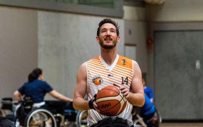Rollmodel Philipp Hochenburger über MOB und Mode für Menschen mit Behinderung_en